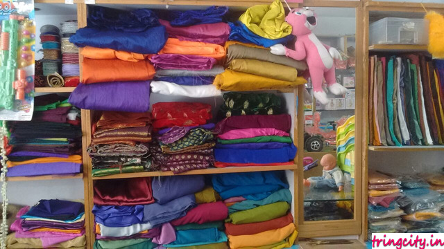 Divya Sai Gifts & Novelties