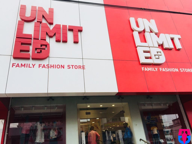 Vijayawada Andhra Pradesh India Cloth Showrooms Tringcity In Unlimited Family Fashion Store